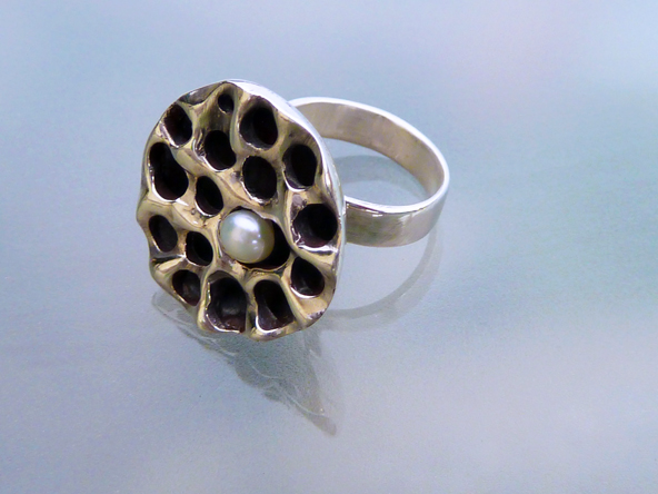 Pearl in Lotus Seed Pod Ring (2/6)