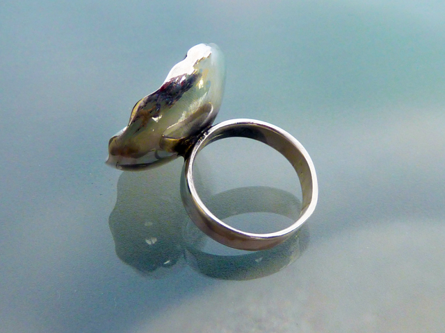 Pearl in Lotus Seed Pod Ring (5/6)